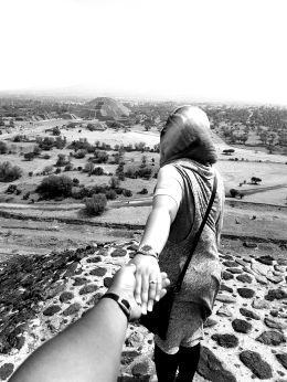 Follow me to Teotihuacan
