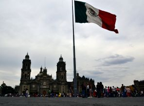 Mexican Flag flying high - Zocalo, Centro Historico